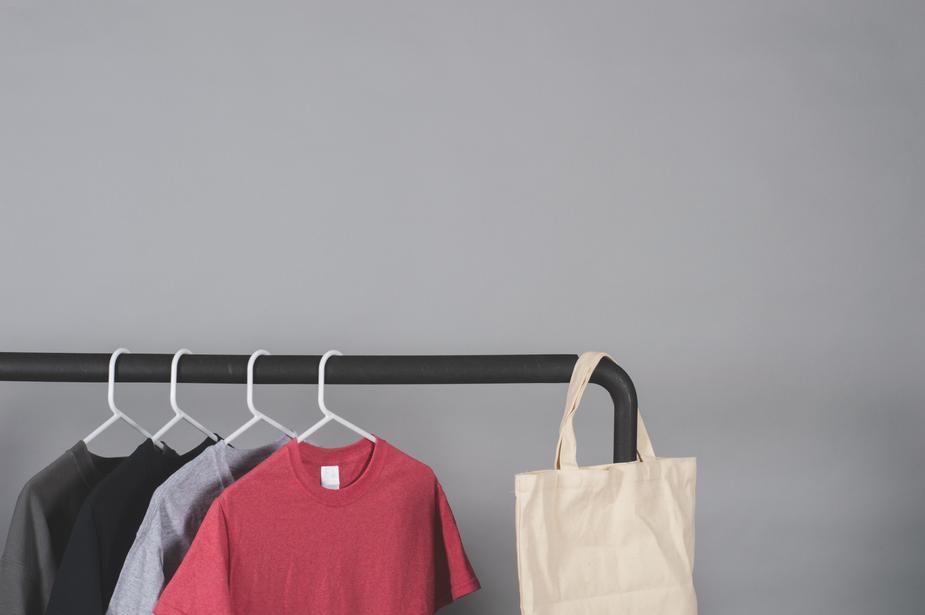 create t-shirt mockups on blank t-shirts