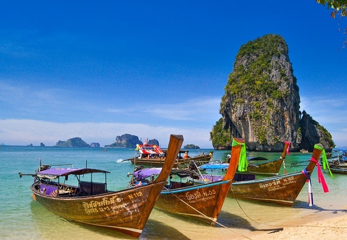 Going to Thailand as a motivation to earn money