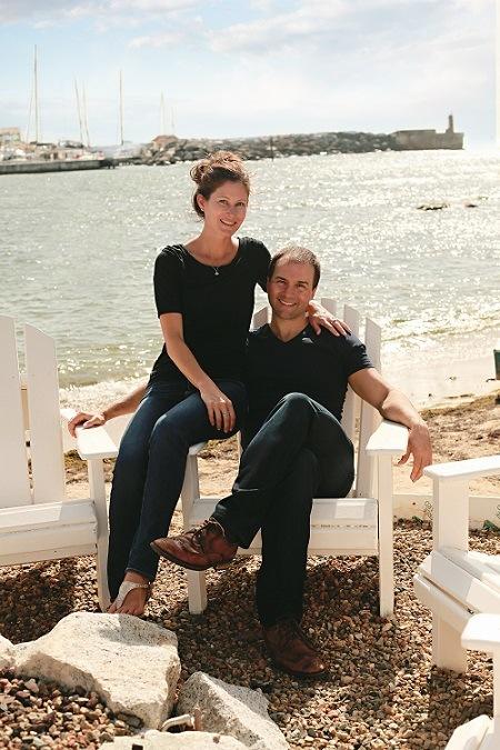John Lee Dumas and girlfriend Kate