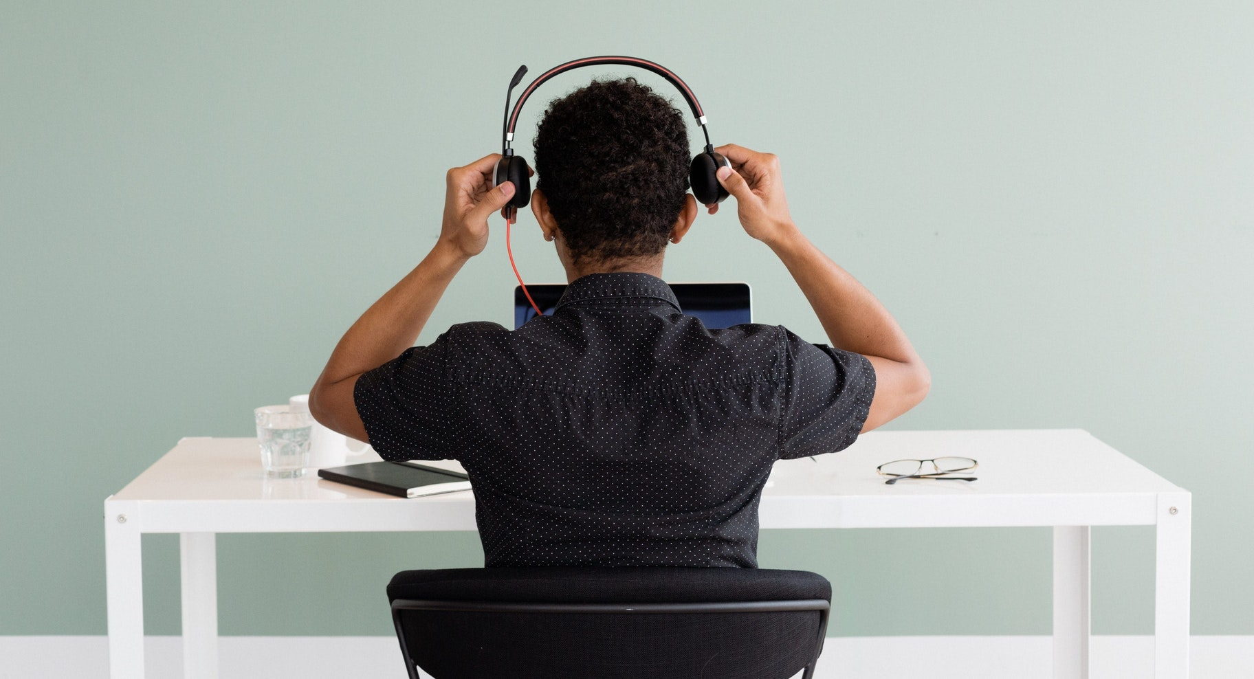 Kundenservice Mitarbeiter am Headset