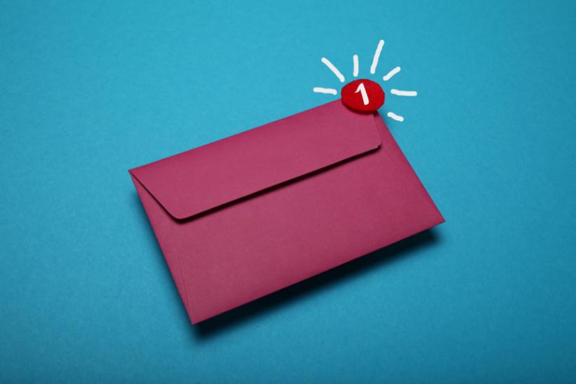 Escreva e envie e-mails exclusivos para a Cyber Monday
