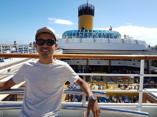 From bank employee to dropshipping entrepreneur: one man's journey to make his dreams come true
