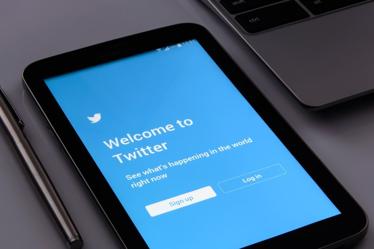 Twitter login page shown as a type of social media you can use on a smart phone
