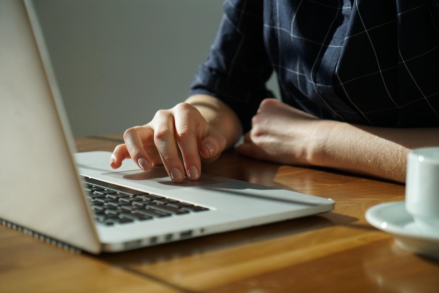 come scegliere un dominio online