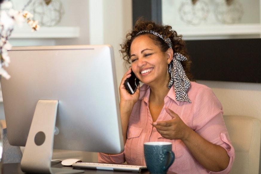 Faça curadoria de produtos tecnológicos para ser uma mãe empreendedora