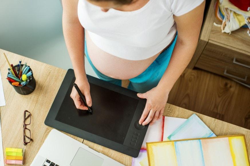 Seja uma mãe empreendedora na produção ou venda de produtos digitais