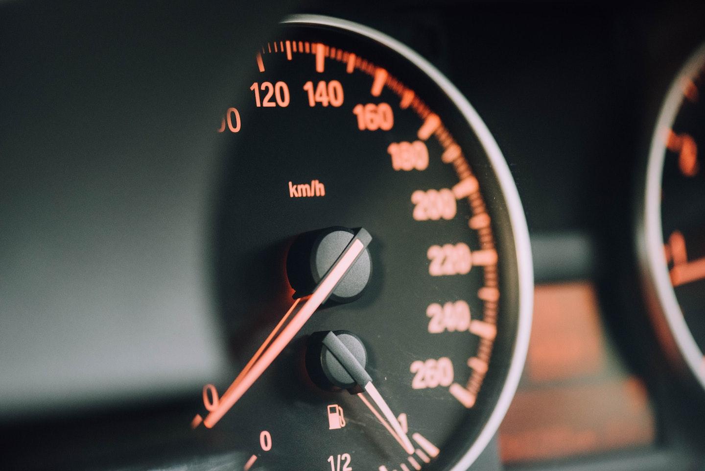 deducir los gastos del coche